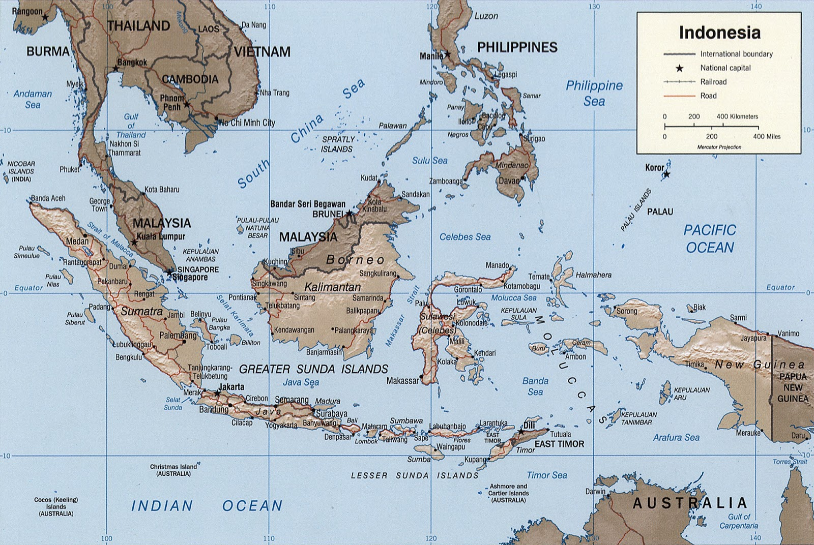 A map of Indonesia showing Wallace's Line in blue. To the west lie islands harboring Asiatic fauna and to the east is Wallacea harboring a mixed Asiatic and Australasian fauna. Lyde
