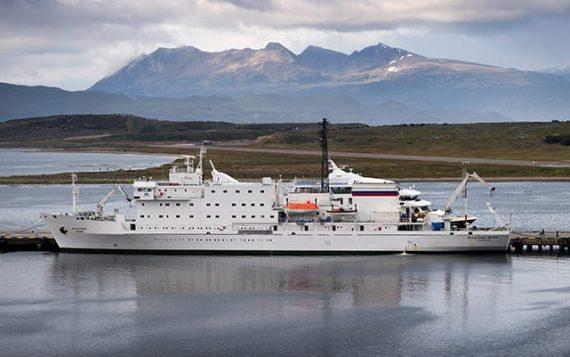 nl-mar18-antarctica2