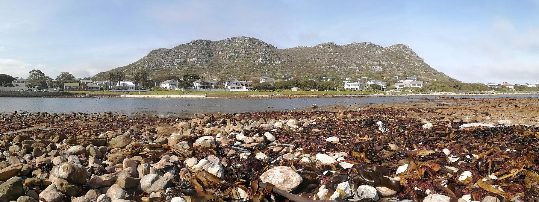 Kommetjie - Cape Town by Gareth Robbins
